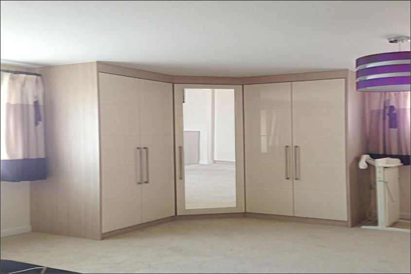 Charmant Custom Made Corner Fitted Wardrobes