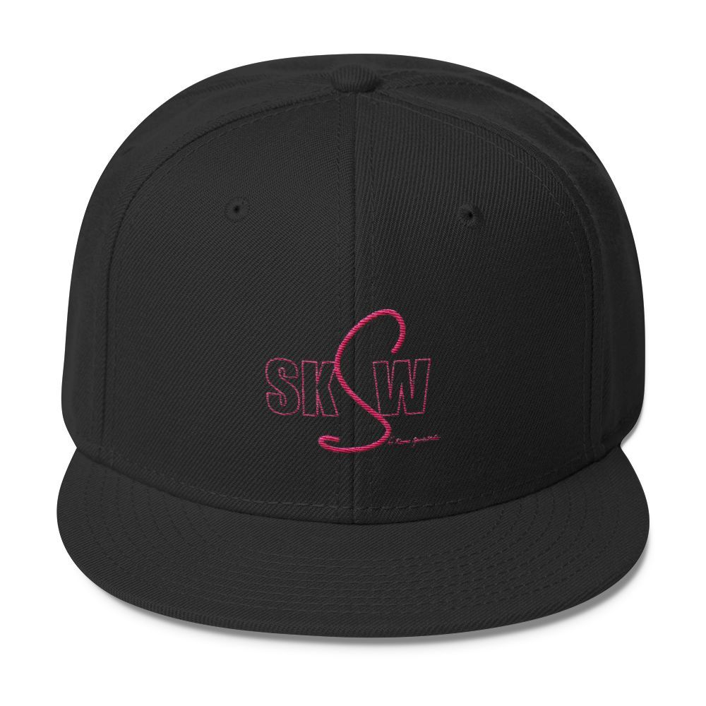 She Knows Sports Wear Classic Snapback