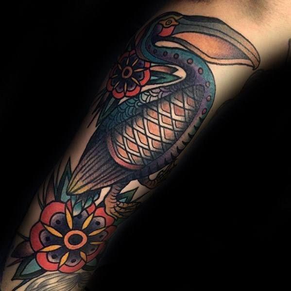 50 Pelikan Tattoos für Männer - Wasservogel Design-Ideen #design ...