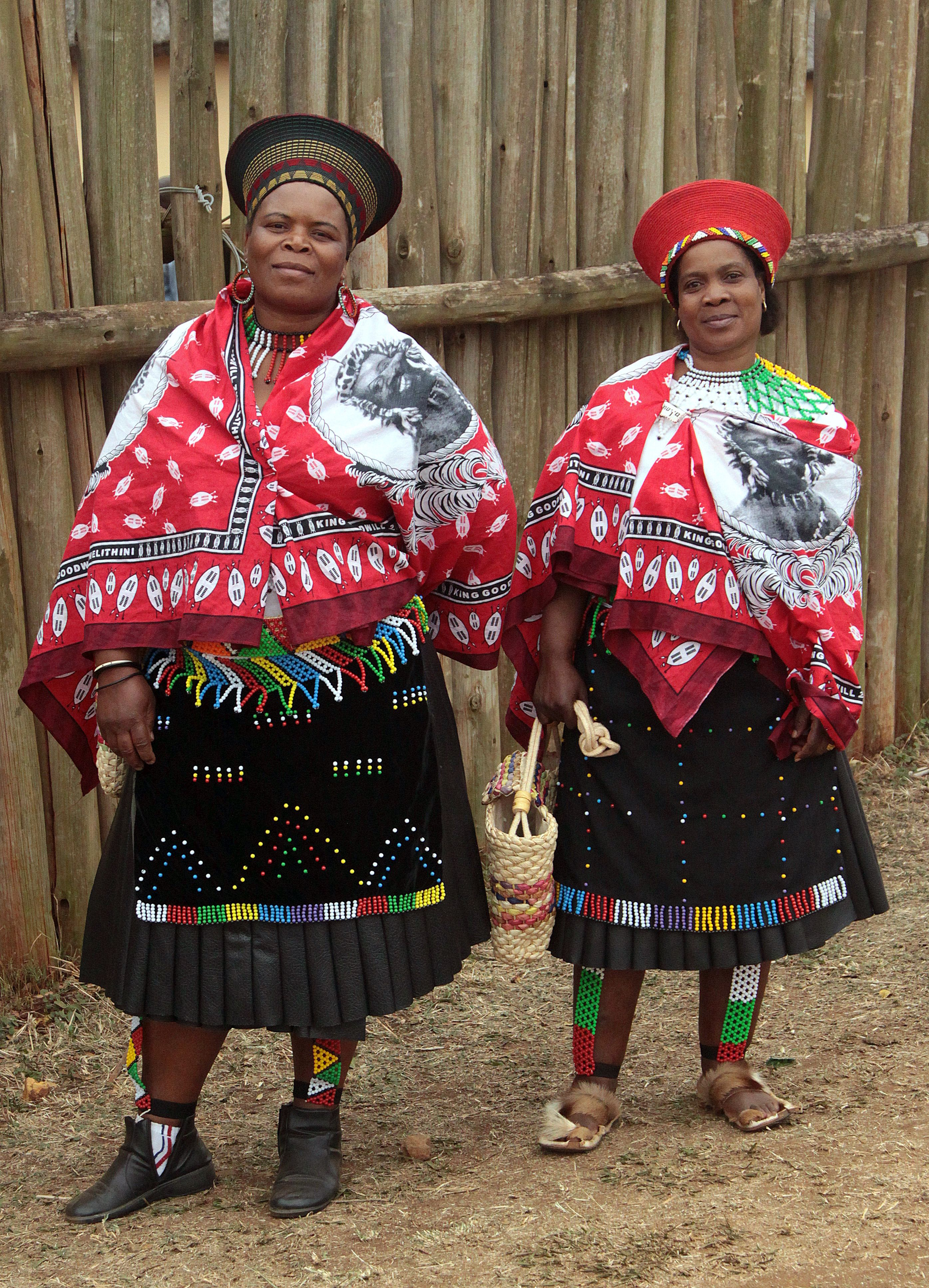 Zulu Bride :)   Zulu traditional attire, Zulu women