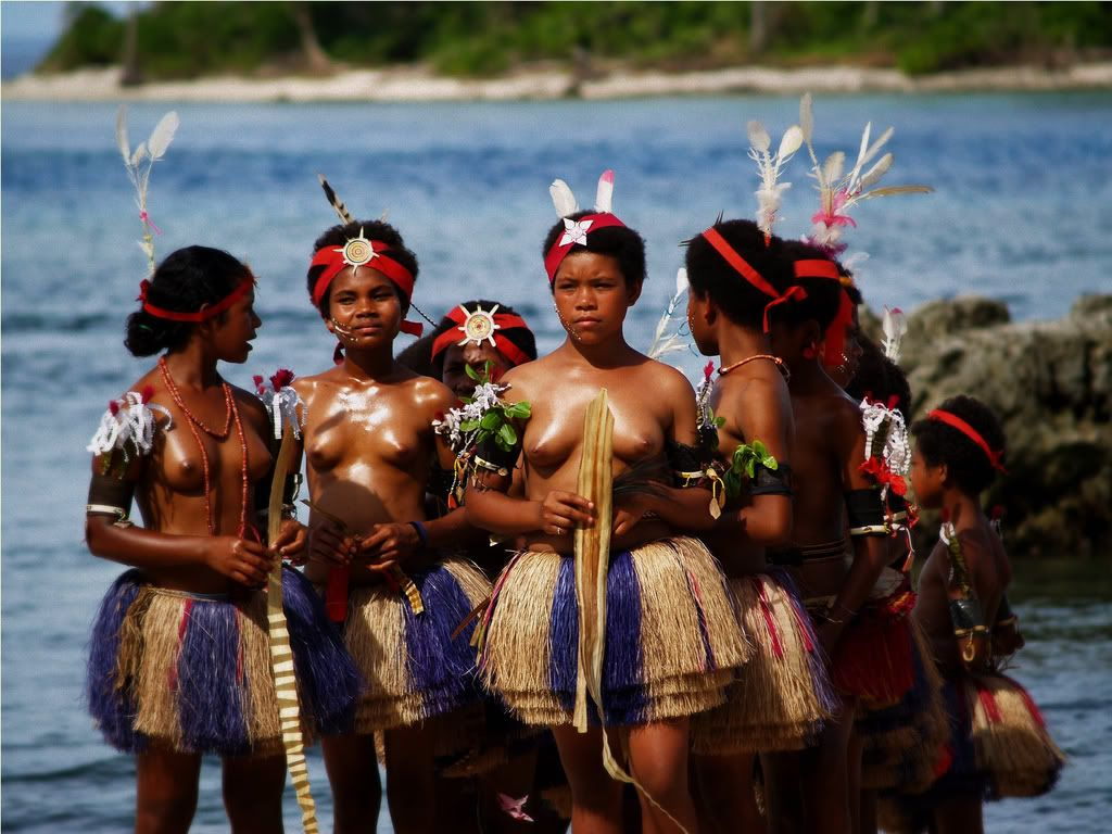 Aboriginal people naked