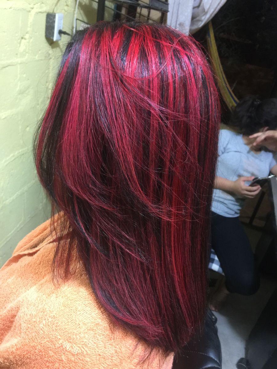 Cabello Rojo Con Mechas
