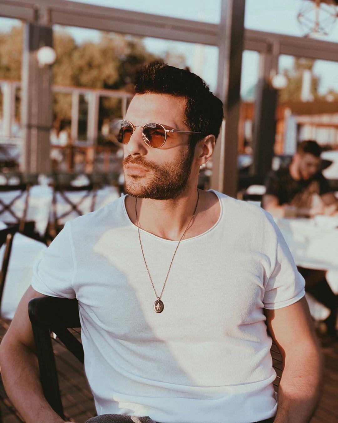 9 586 Me Gusta 280 Comentarios Serkan Cayoglu Serkancayoglu En Instagram In 2020 Turkish Actors Handsome Men Indian Designer Wear