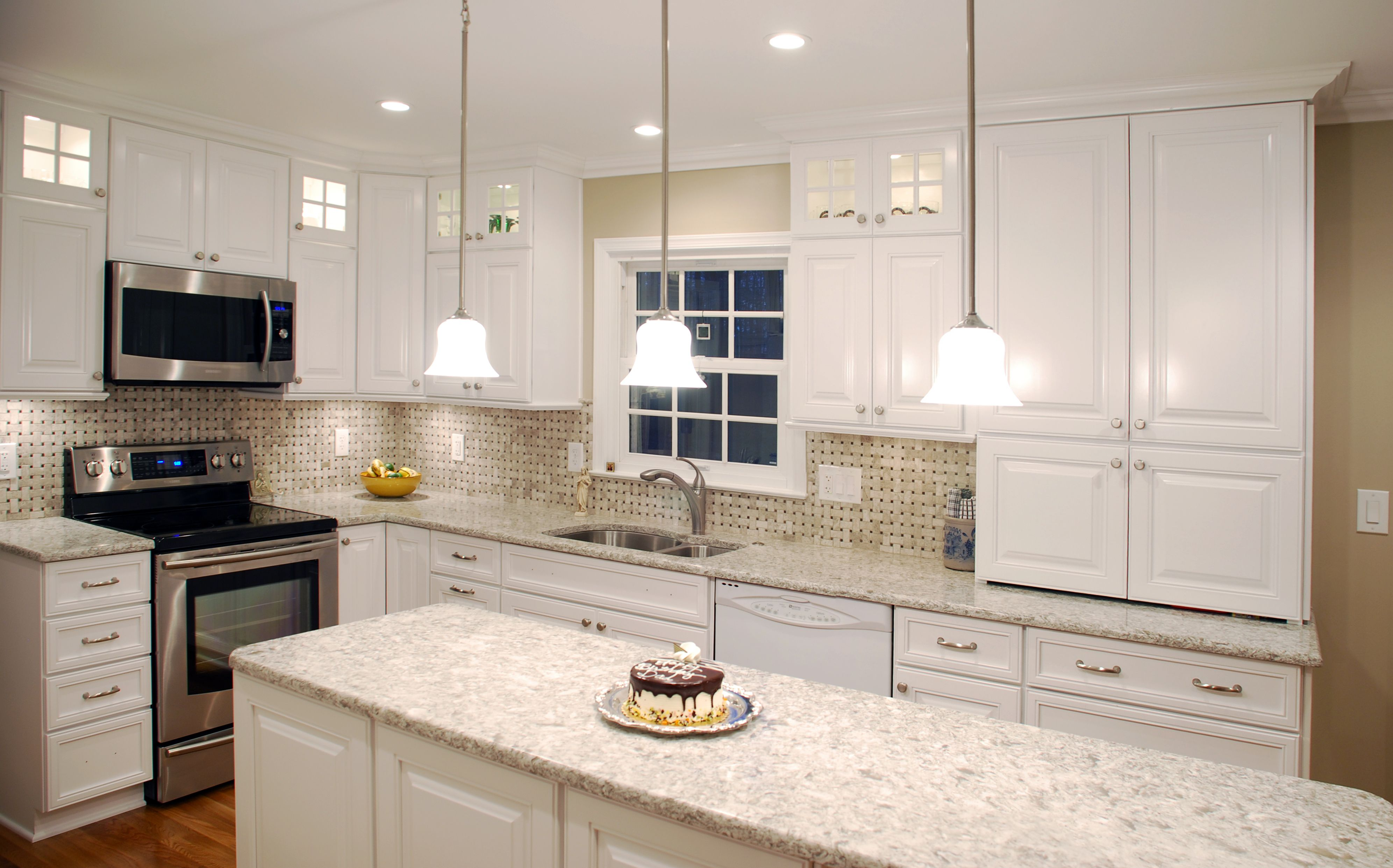 Design By Nicely Done Kitchens U0026 Baths Of VA. Features Holiday Kitchens  Riverside Paint Grade