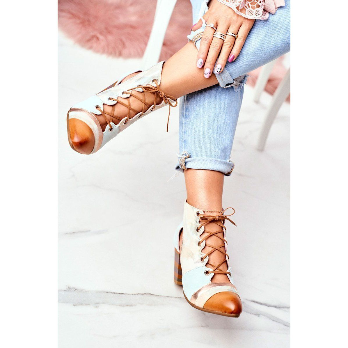 Botki Damskie Na Slupku Skorzane Maciejka Wiosenne 03938 04 Bezowy Wielokolorowe Zielone Oxford Shoes Womens Oxfords Shoes