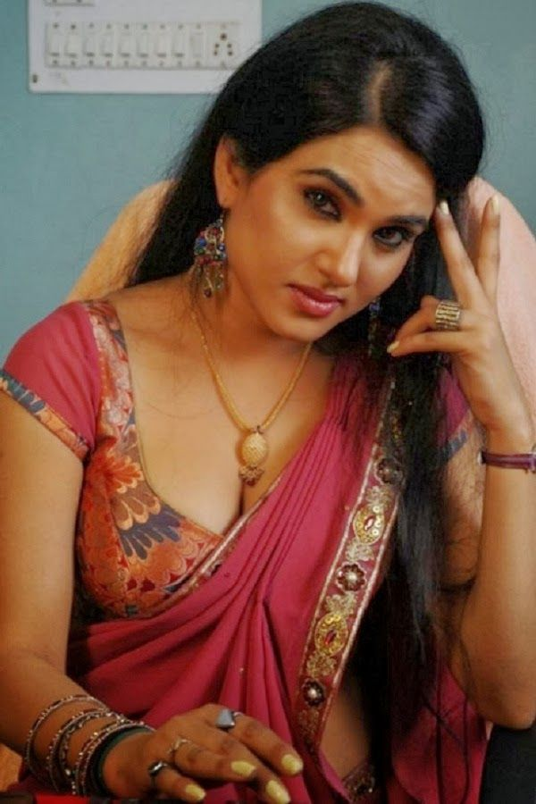 South Indian Actress Wallpapers In Hd Kavya Sing Hot In