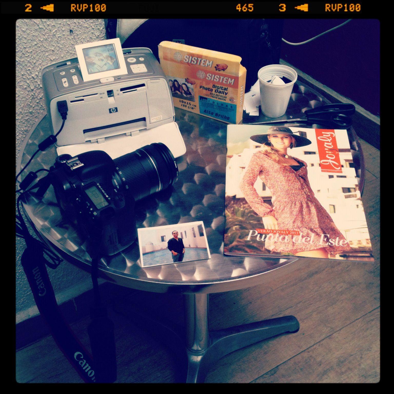 Nossa mesa de foto brinde, venha conhecer a coleção de verão 2013 e leve sua foto personalizada.