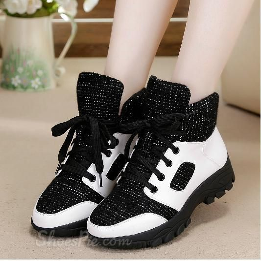 Fashionable Assorted Color Wool-padded Sneaker