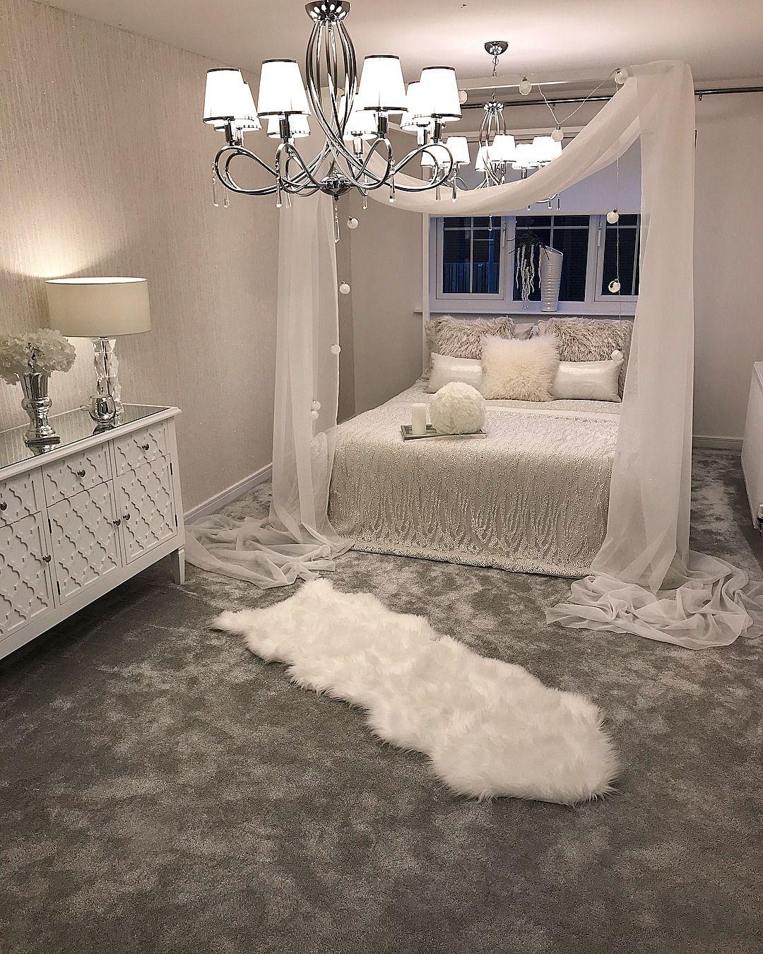 #interior #bed #fur #luxury #lavish #rich   Minimalist ...