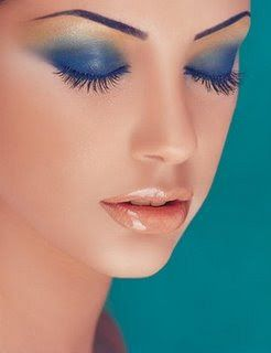 for blue eyes makeup