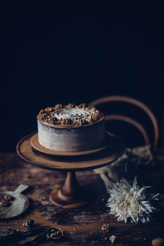 Glutenfree walnut cake with cinnamon the perfect autumn