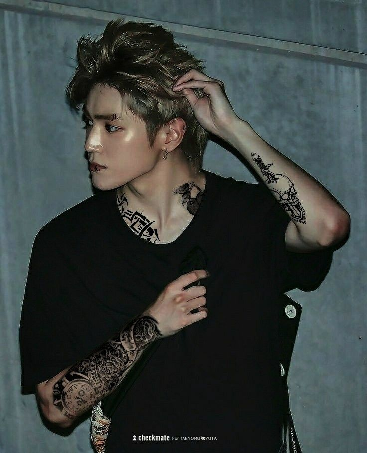 Omg tattoos are suit well on him #NCT #TAEYONG #NCT127 # ...