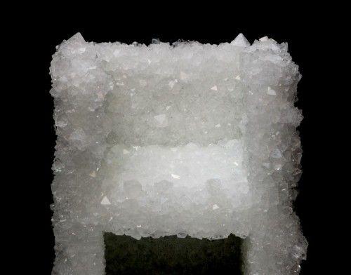 Venus natural crystal chair by tokujin yoshioka