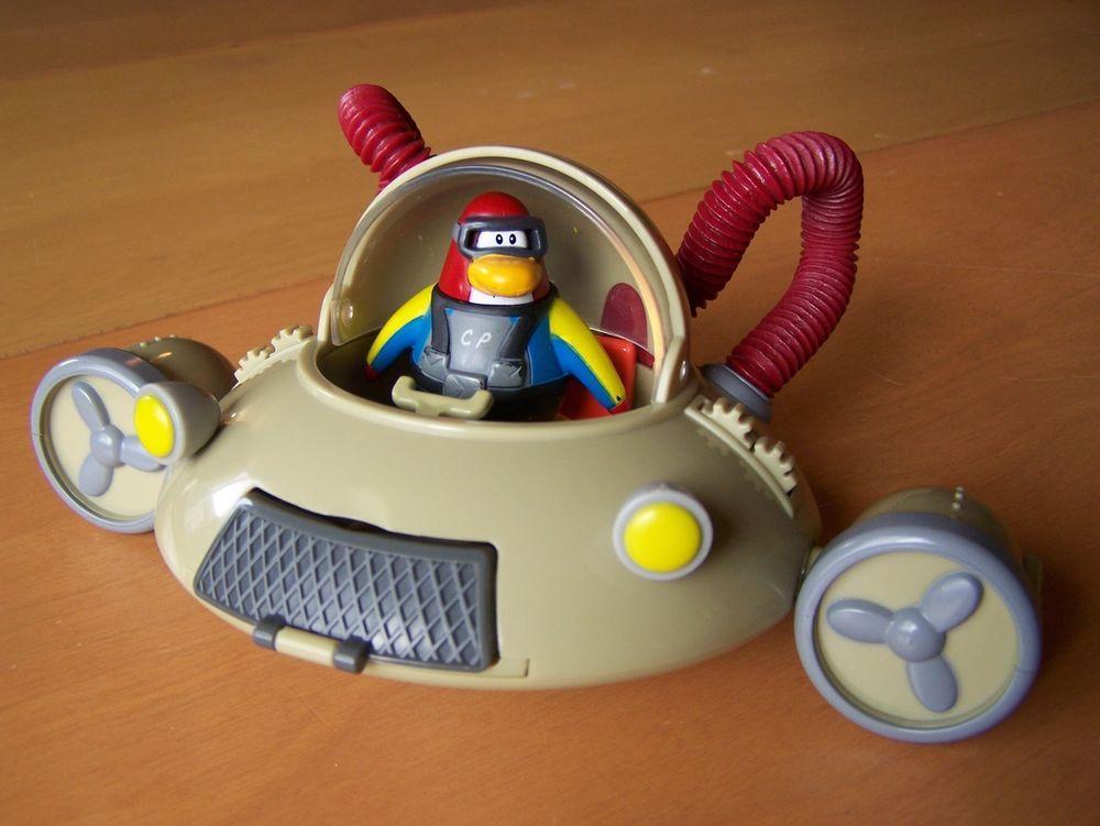 Disney Club Penguin Aqua Grabber submarine with diver figure   Toys ...