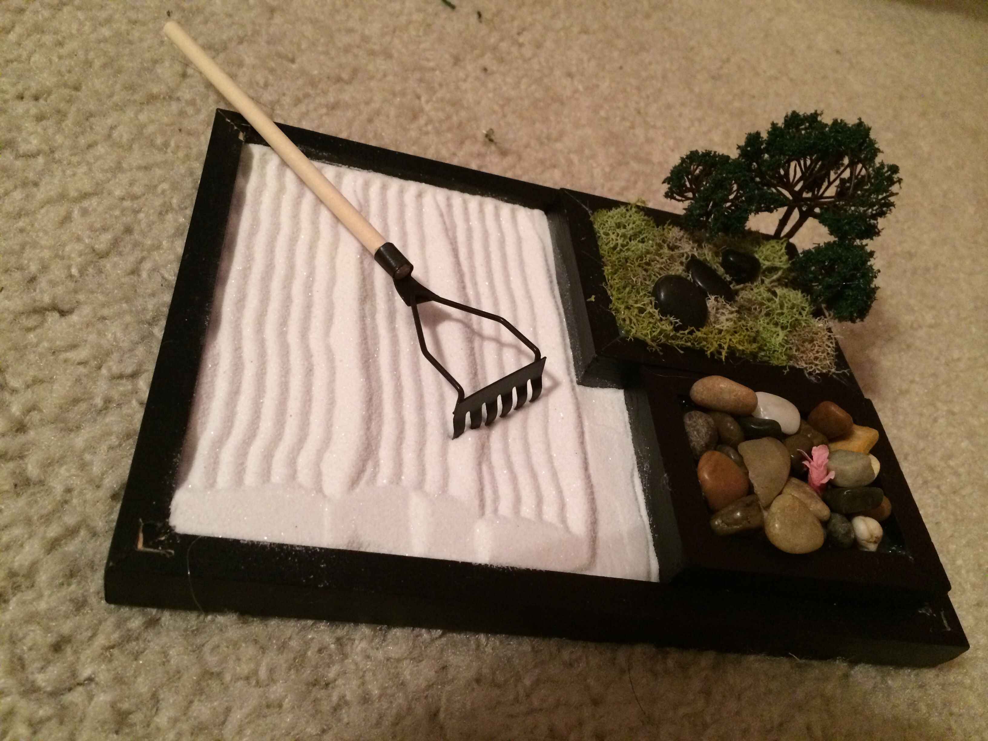 I Made A Zen Garden Out Of Small Canvases Moss River Stones Sand Doll House Mini Tools Tiny Landscaping Tree Zen Garden Desktop Zen Garden Zen Sand Garden