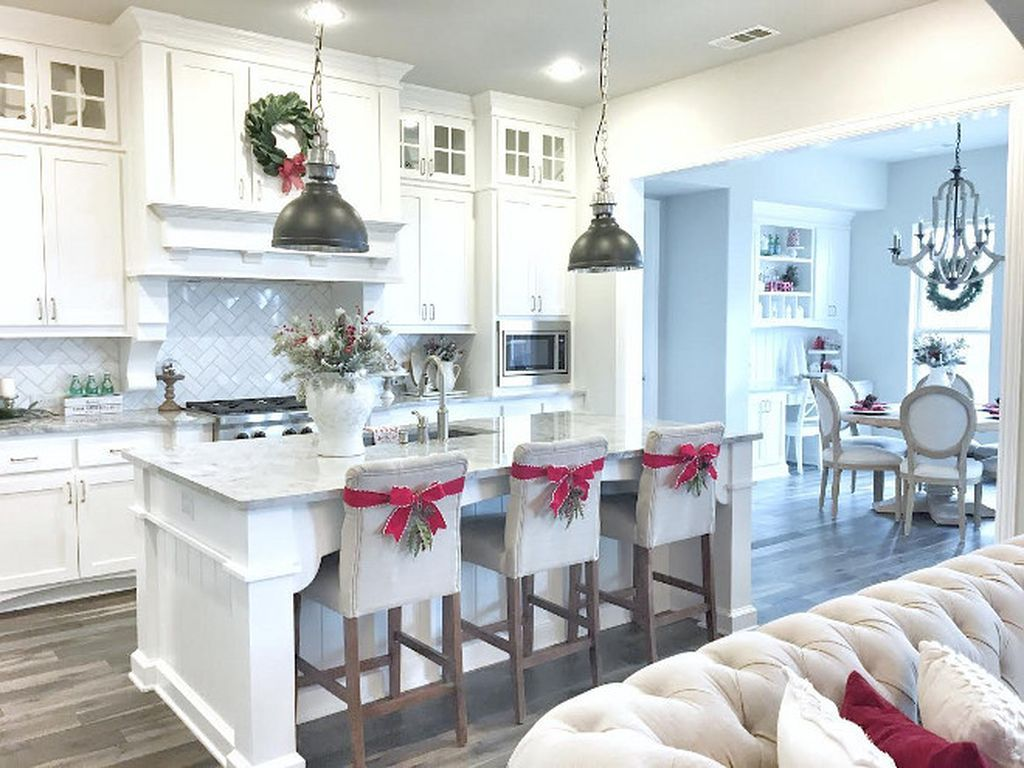 fun and joyful christmas kitchen cabinet decoration ideas