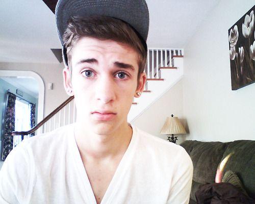 Photo Cute Boys With Blue Eye Images Cute White Boys White