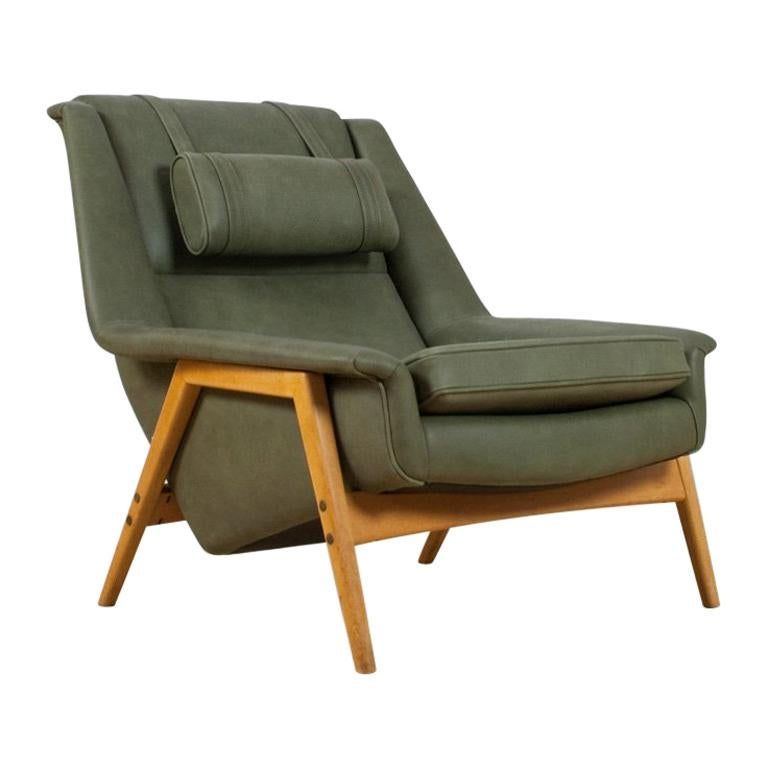 Scandinavian Modern Re Upholstered Green Leather Lounge Chair By Folke Ohlsson In 2020 Modern Recliner Chairs Green Leather Chair Teak Lounge Chair