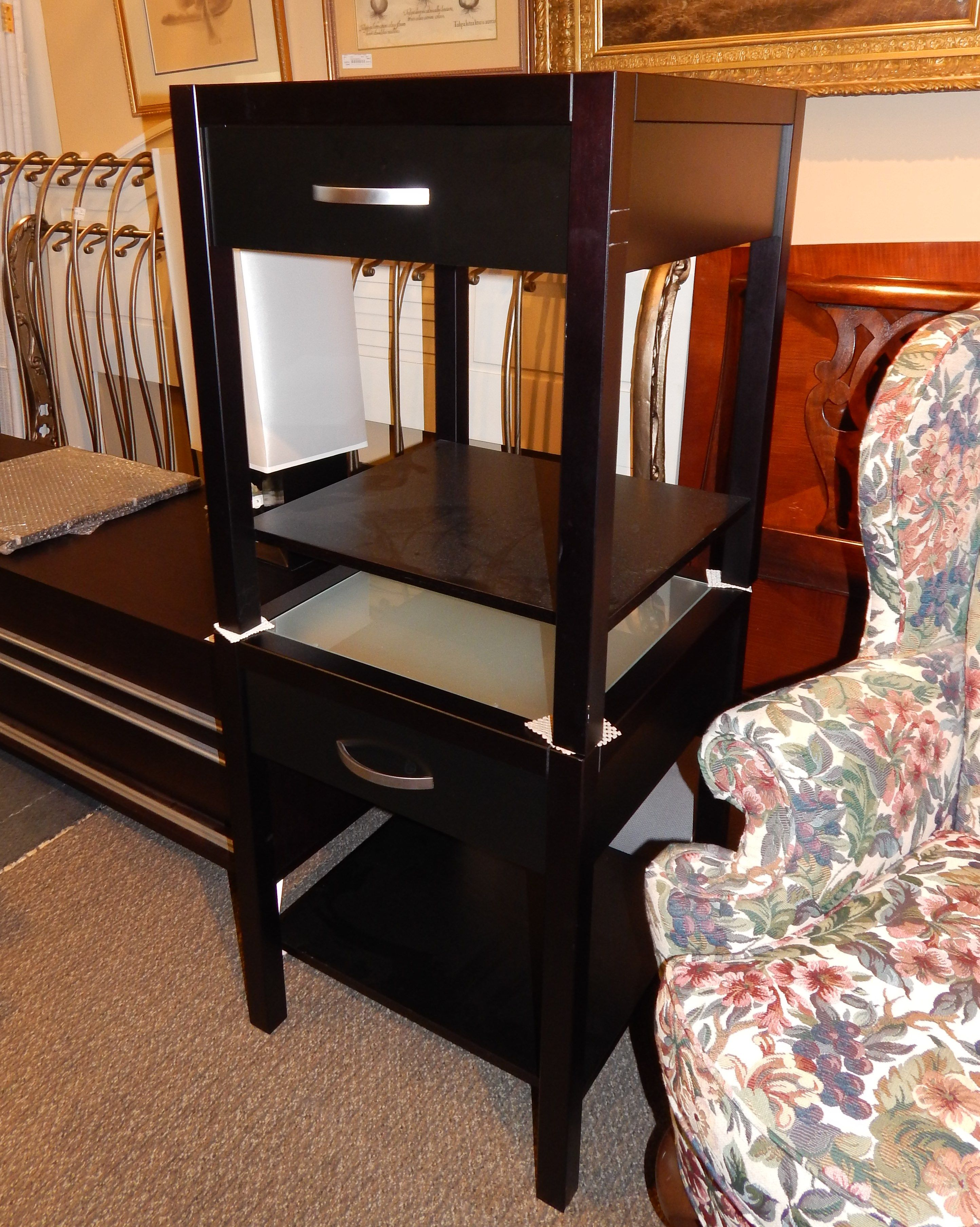 Best Black And Glass Nightstands The Perfect Thing Glass 400 x 300