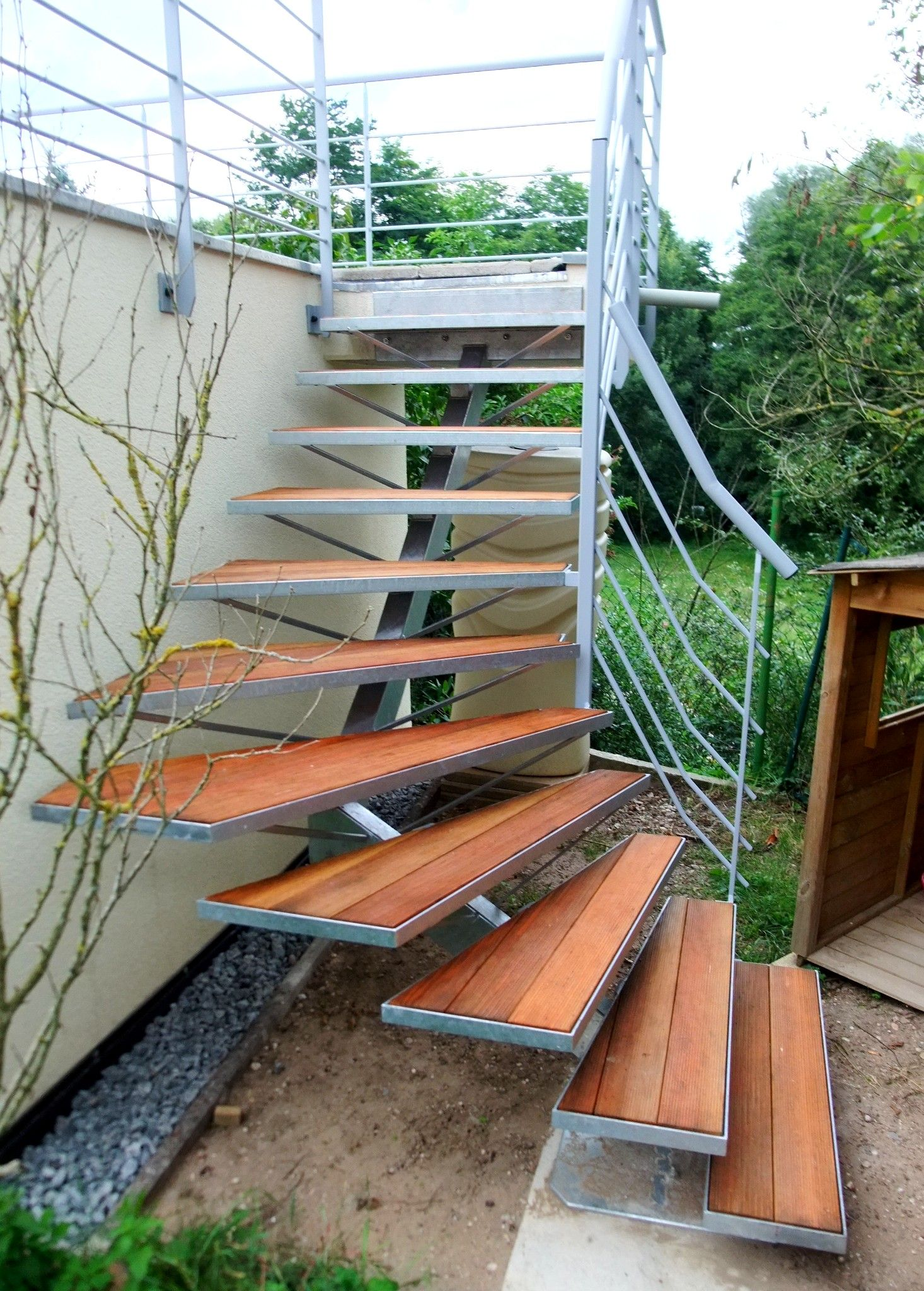 Escalier Terrasse Recherche Google Outdoor Structures Outdoor Garden Bridge