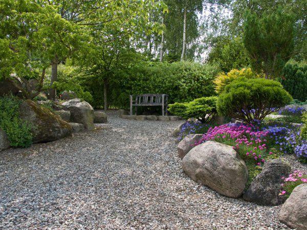 steine sonnenlicht gartenbank garten gestalten kies Garten - vorgarten modern kies