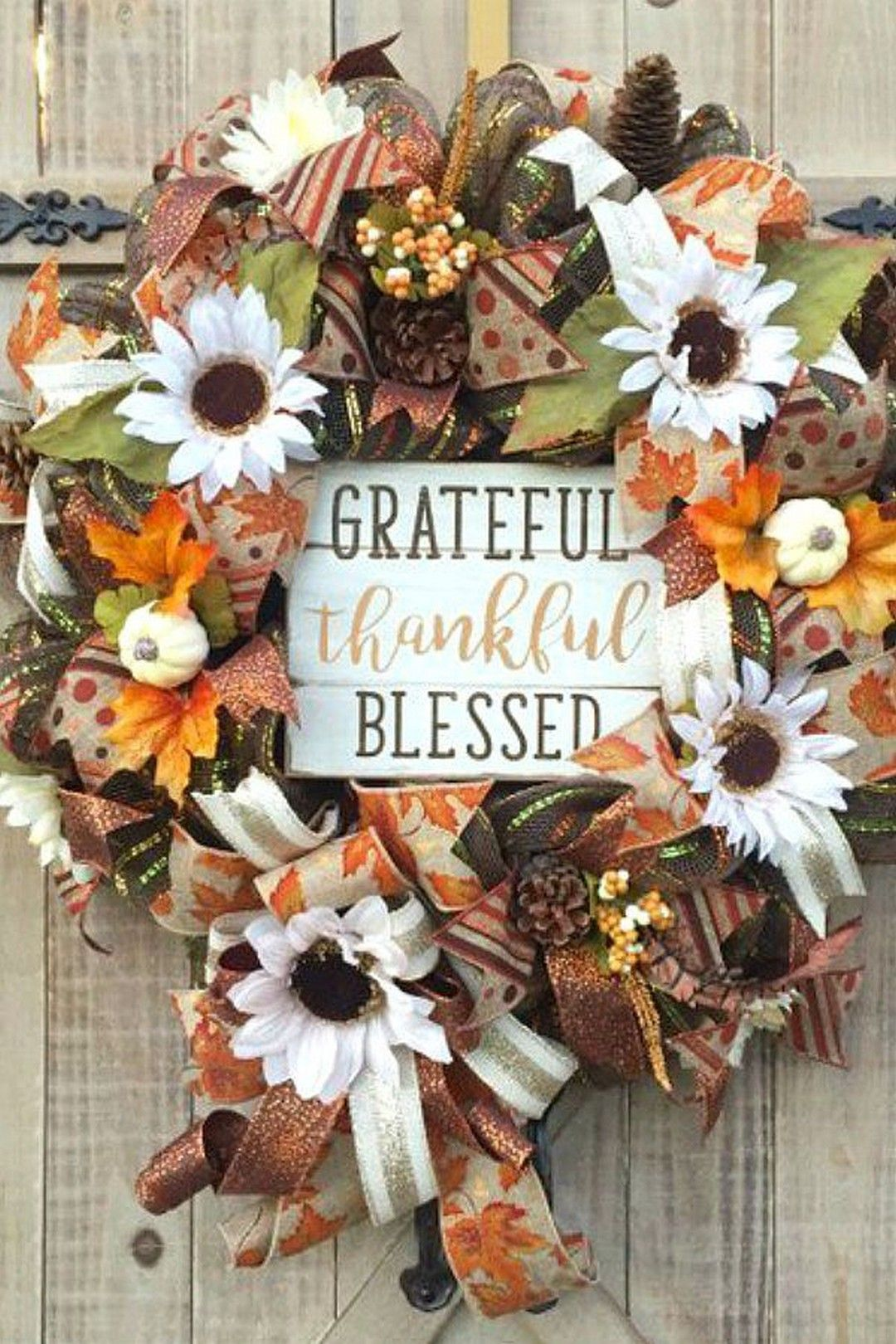 36 Diy Thanksgiving Decorations You Can T Wait To Do This Thanksgiving Decorations Diy Fall Thanksgiving Wreaths Thanksgiving Wreaths