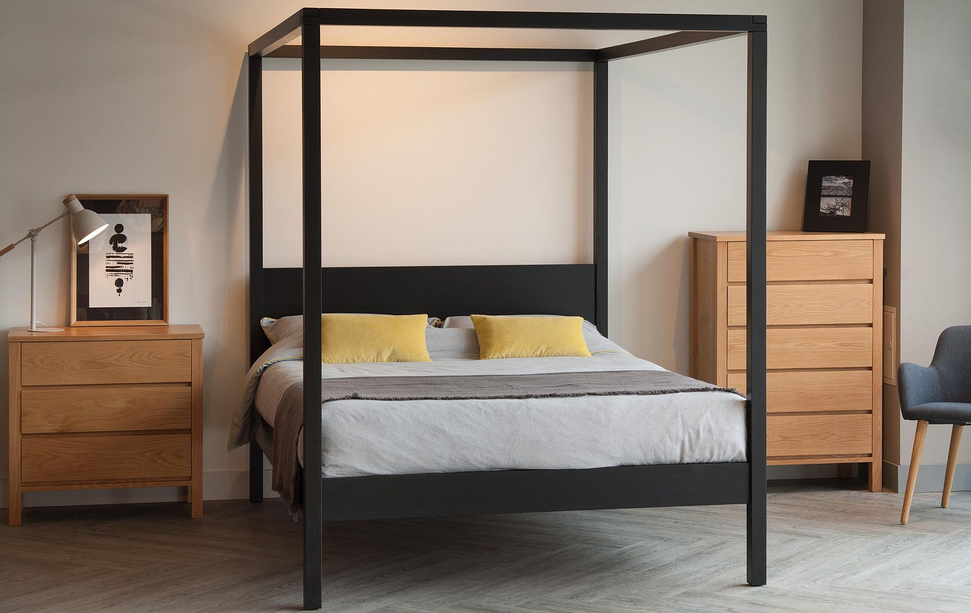 Black Orchid Contemporary 4 Poster Bespoke beds, Four