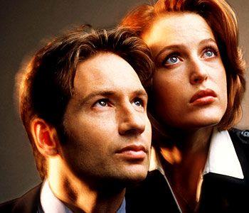 The X Files Tv Series 1993 2002 X Files Gillian Anderson David Duchovny
