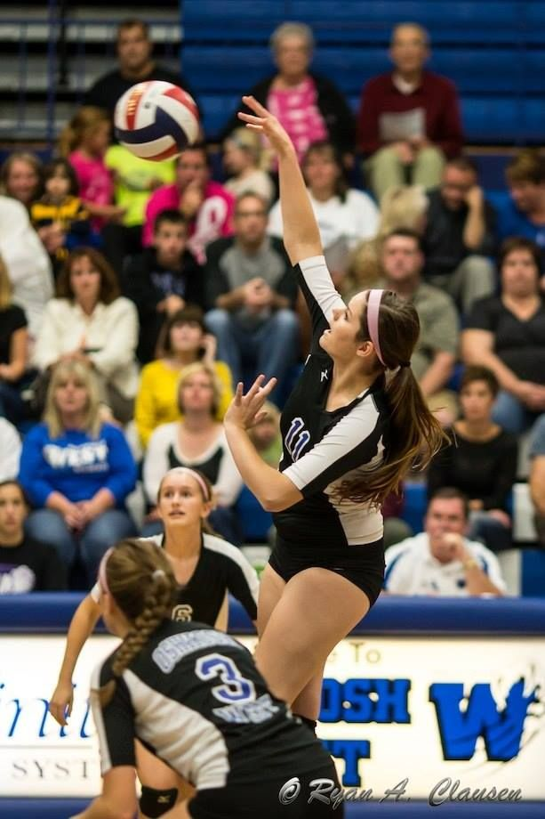Oshkosh West Volleyball Photo By Ryan Clausen Sport Event Volleyball Sports