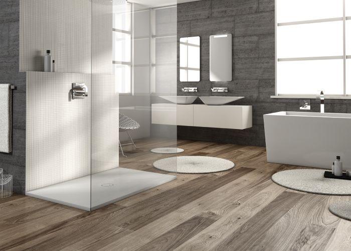 Piatti doccia a filo pavimento per bagni open space pavimenti e