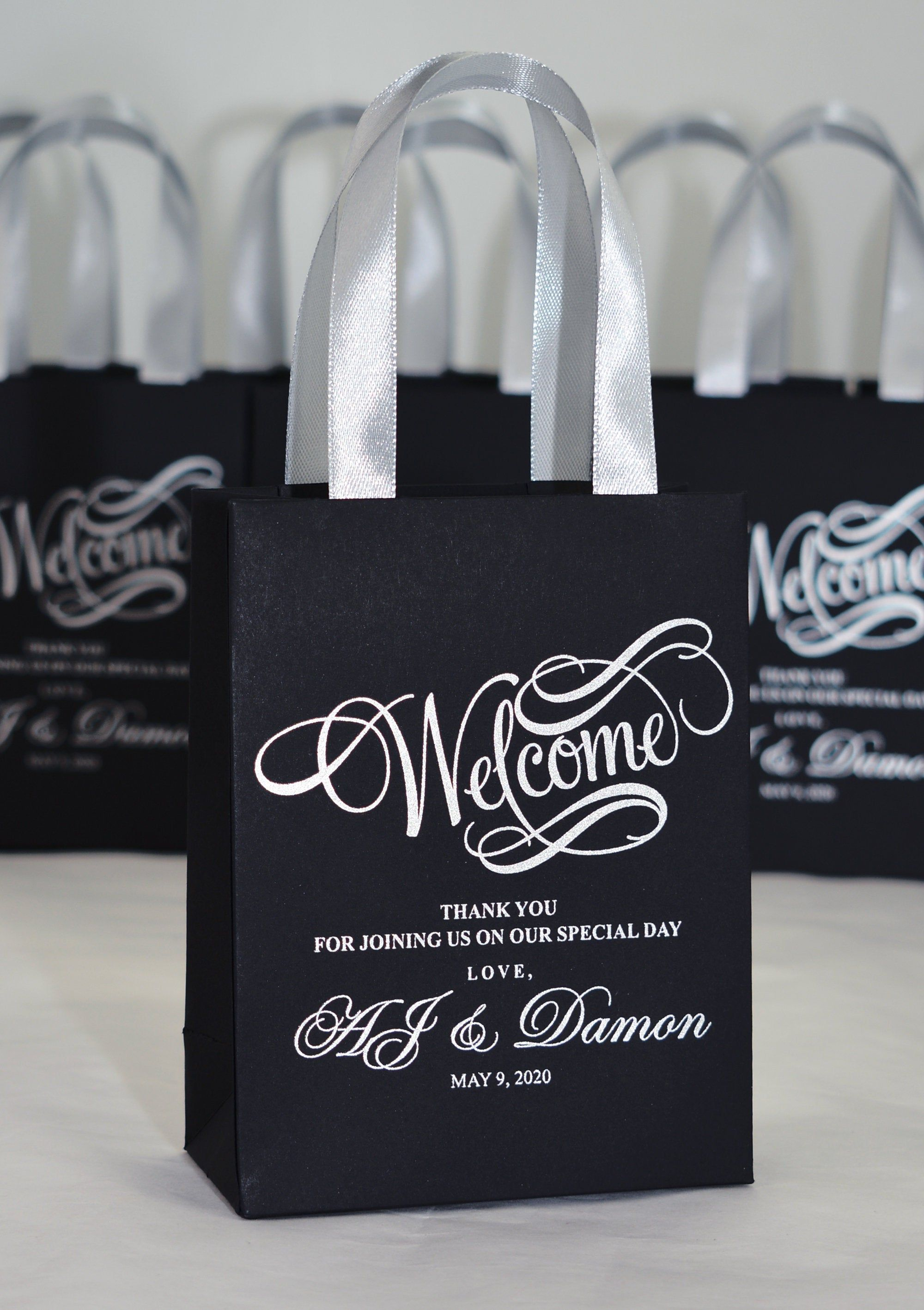 25 Elegant Wedding Welcome Bags For Favor For Guests Etsy In 2020 Wedding Party Gift Bags Wedding Goodie Bags Wedding Welcome Bags
