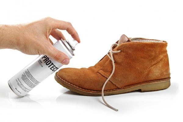 Como Quitar Manchas De Aceite De Los Zapatos Uncomo Limpiar Zapatos De Ante Limpiar Zapatos De Gamuza Zapatos De Gamuza