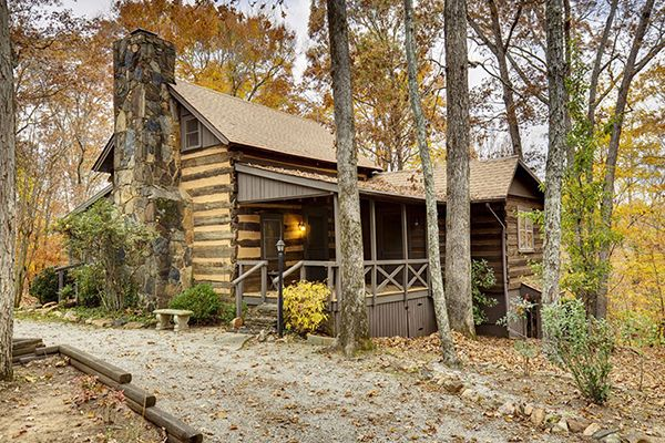 7 Rustic Log Homes For Sale Log Homes For Sale Log Homes Small House Swoon