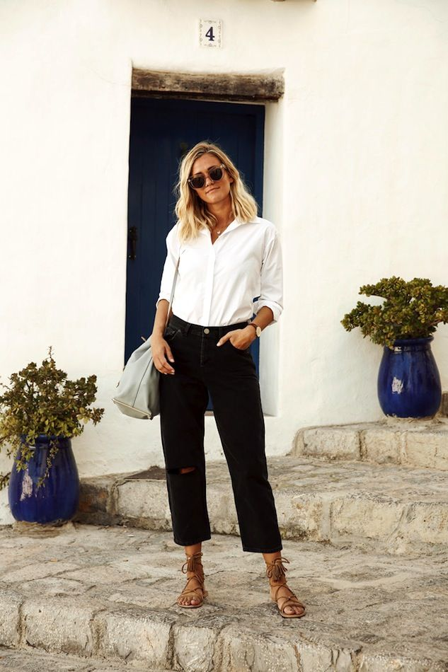 A Classic Summer Take On Black Boyfriend Jeans