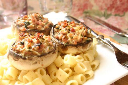 Recette champignons farcis au jambon, cuisinez champignons farcis au jambon | Recette ...
