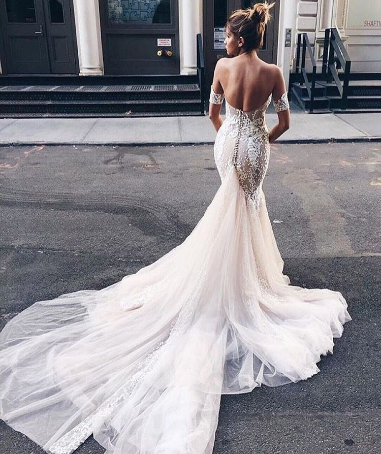 Wedding dresses in Parlier