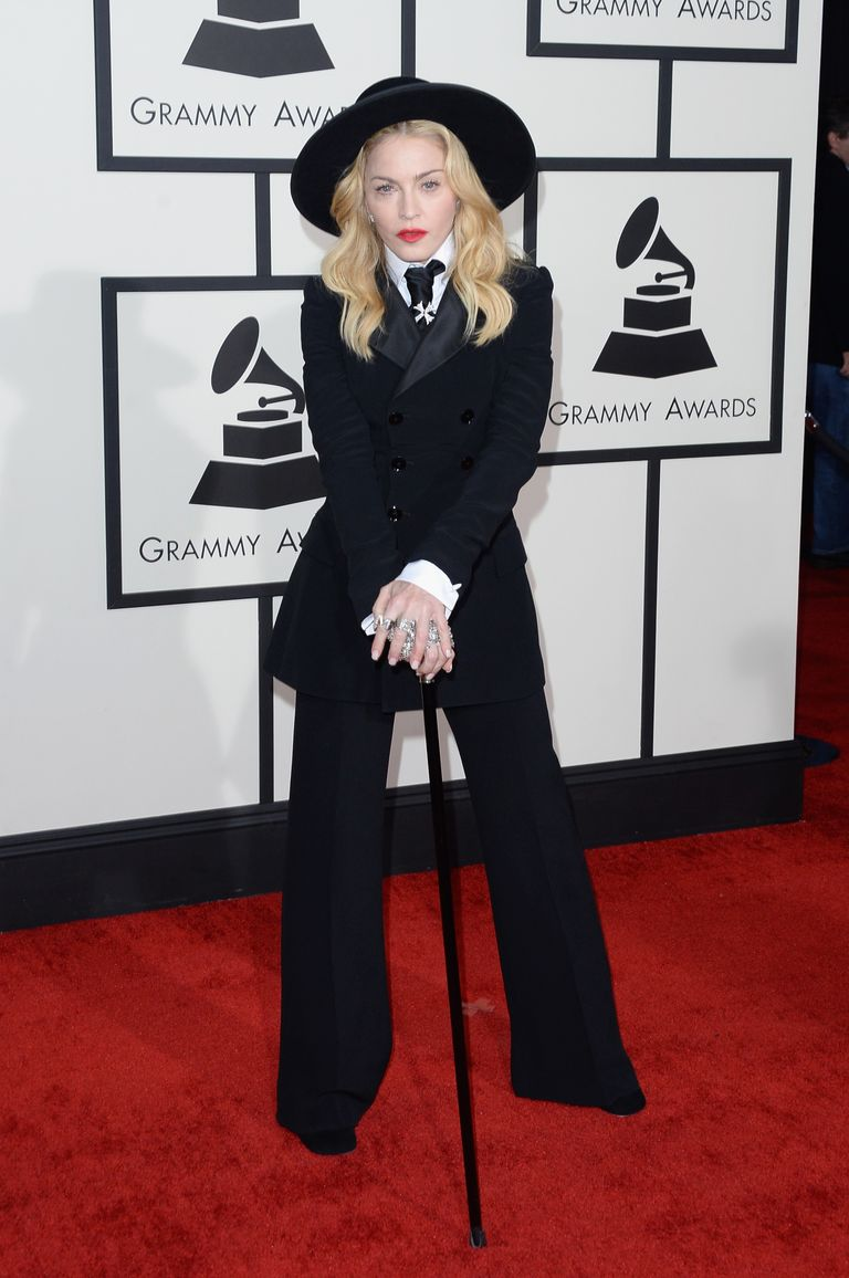 A Look Back At The Best Grammys Red Carpet Looks Of All Time In 2020 Grammy Awards Red Carpet Red Carpet Fashion Madonna Looks