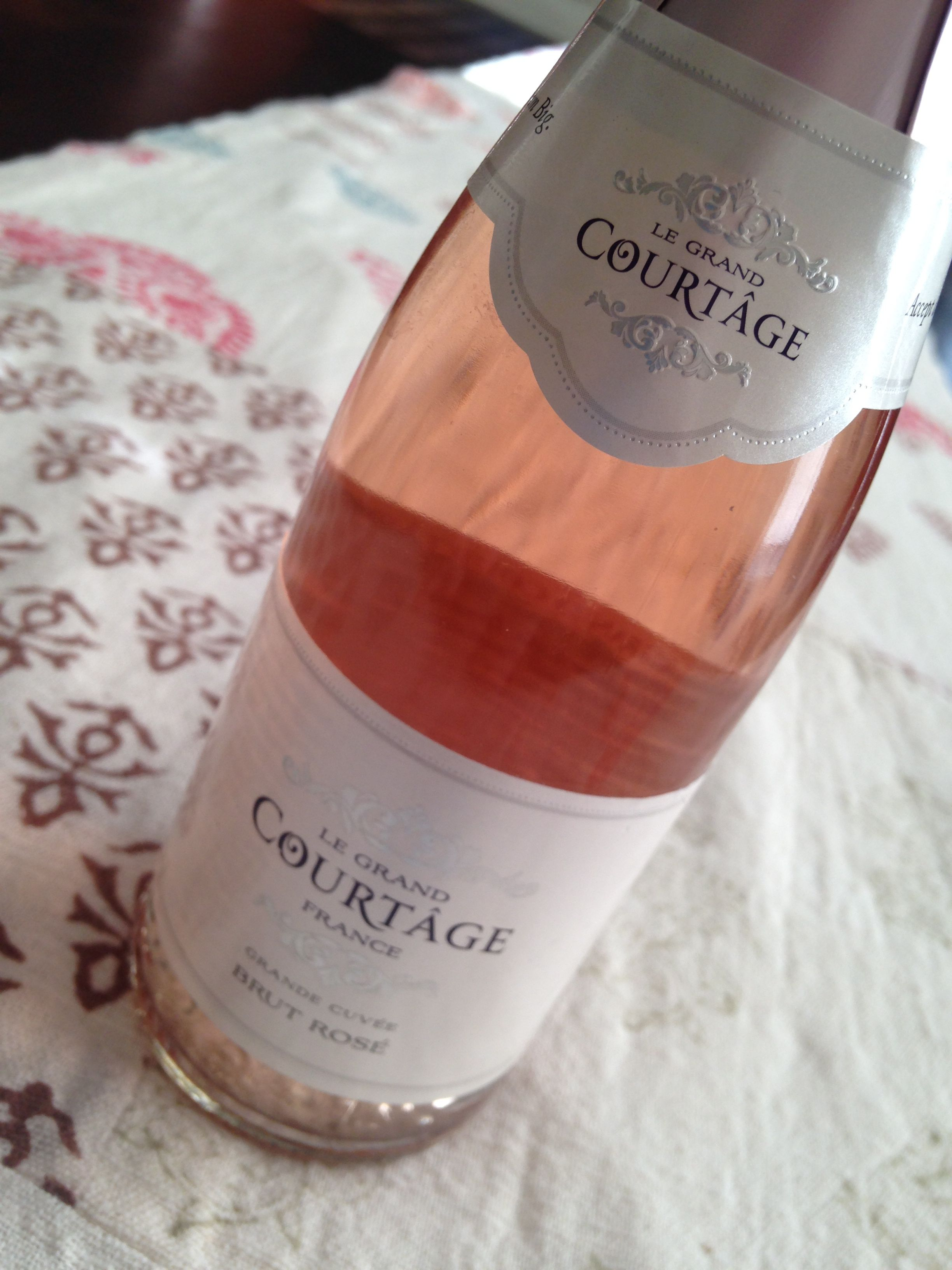 Le Grand Courtage Brut Rose I Tried This Rose Today And It Was Excellent Http Www Legrandcourtage Com About Grand Wine Bottle Sparkling Wine Wine List