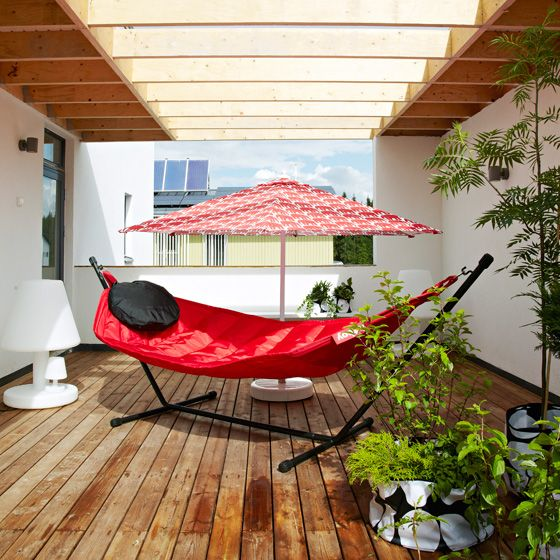 finlayson-tampere-asuntomessut-jamera-loft-terassi-elefantti-aurinkovarjo