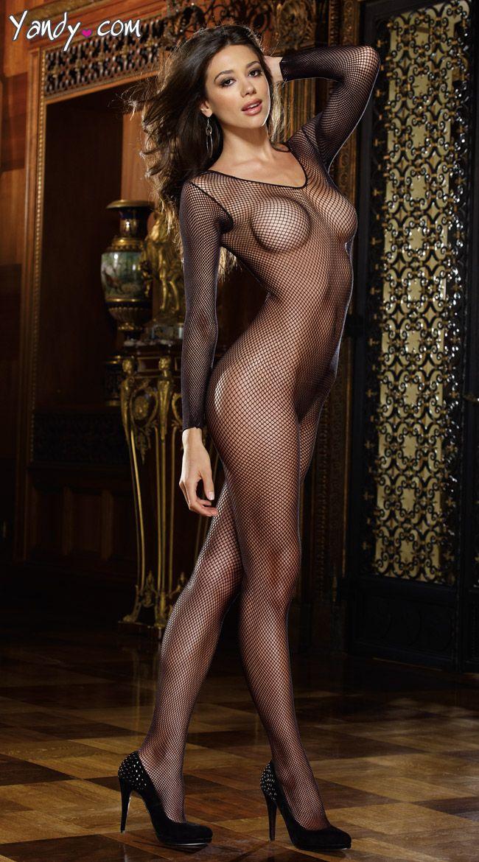 Redhead amateur striptease