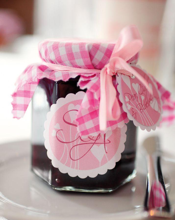 hausgemachte marmelade als geschenk eine meiner liebsten gastgeschenke sind kleine s e. Black Bedroom Furniture Sets. Home Design Ideas