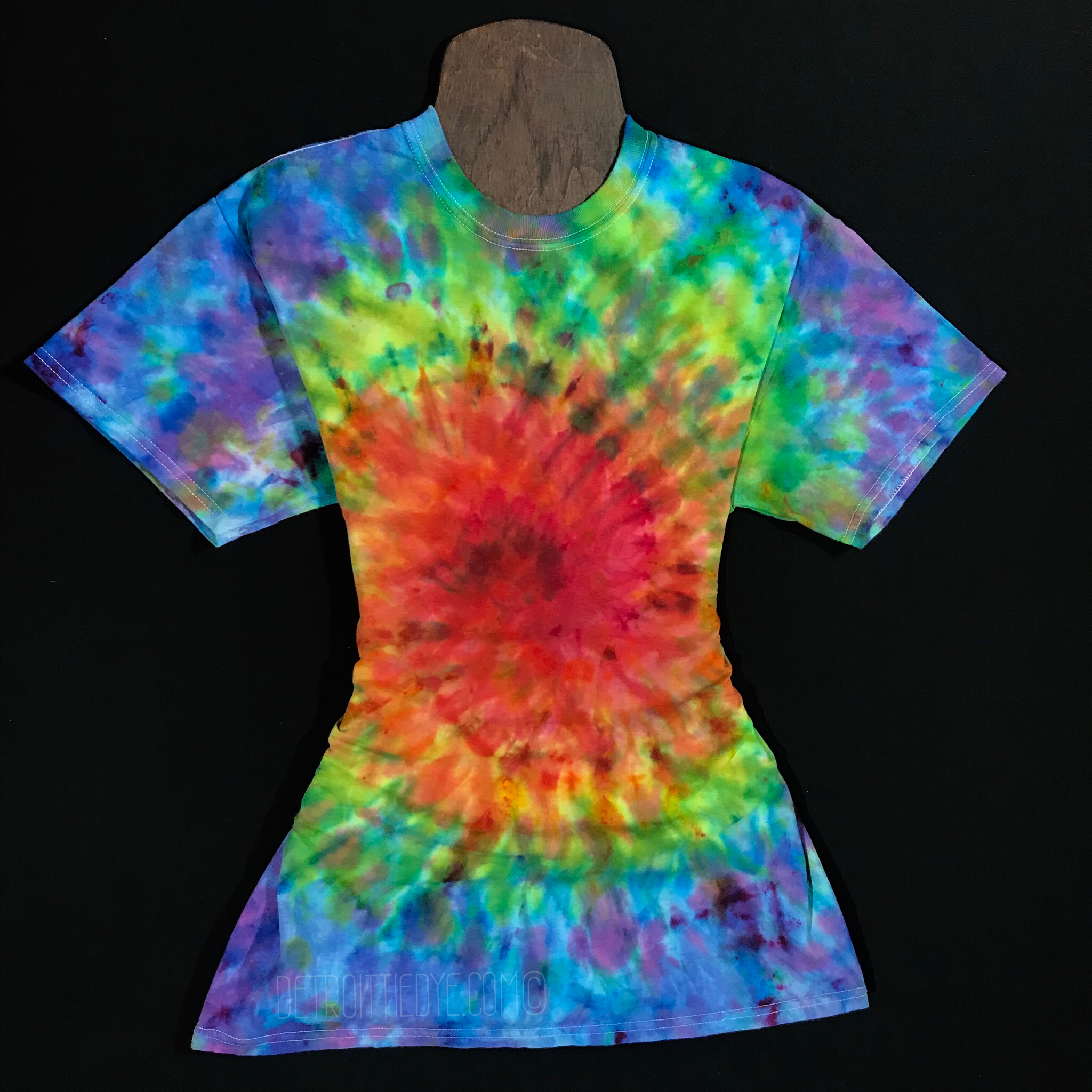 9ce34fd420b0 Clearance • Size Medium Rainbow Explosion Ice Dyed Spiral Tie Dye T-Shirt