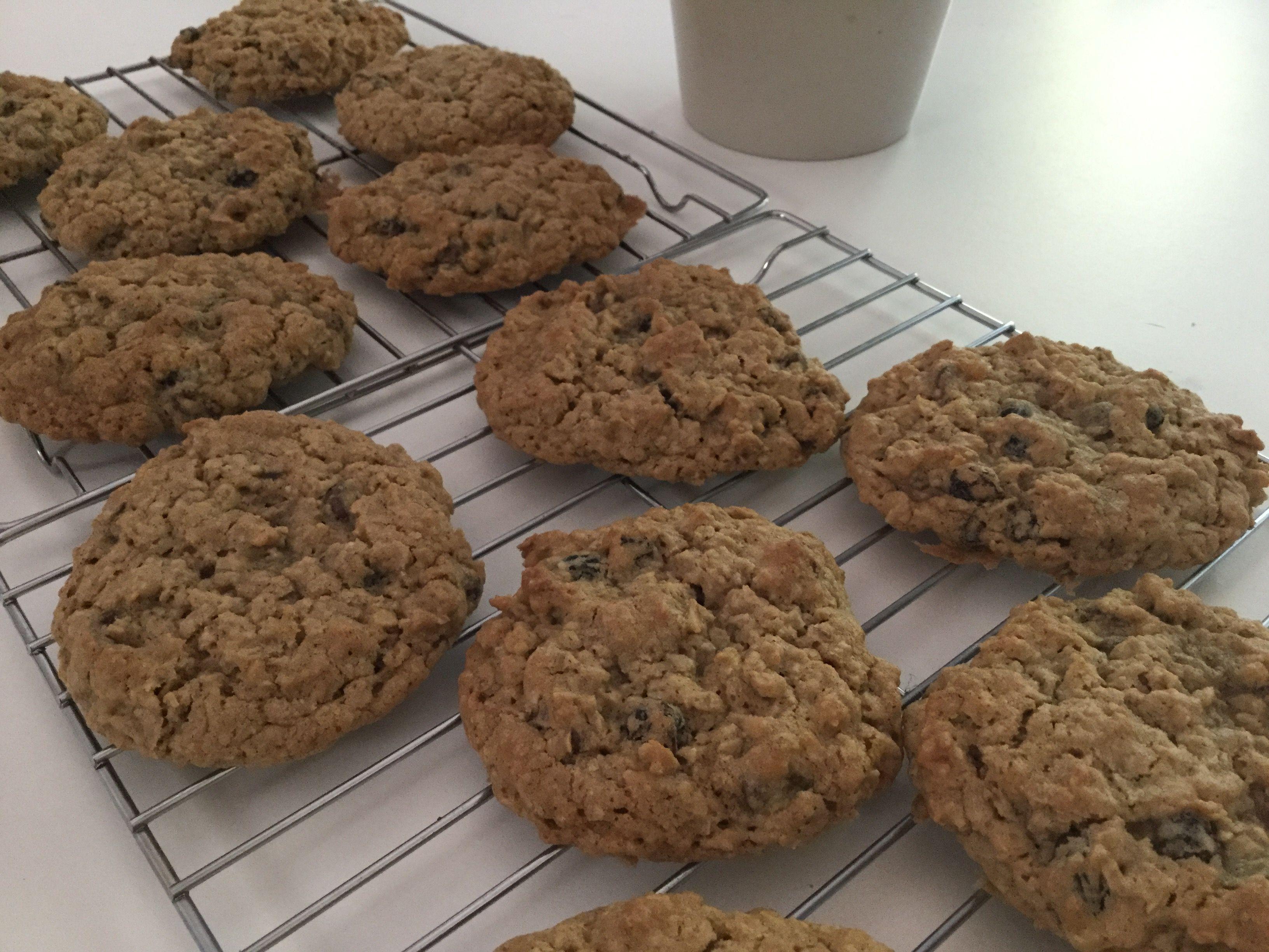 Vanishing Oatmeal Raisin Chocolate Chip Cookies Recipe Pinterest