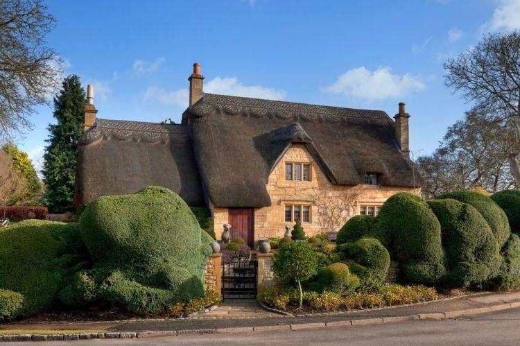 イギリス 田舎暮らしを体験 人気のコッツウォルズで楽しめるb b