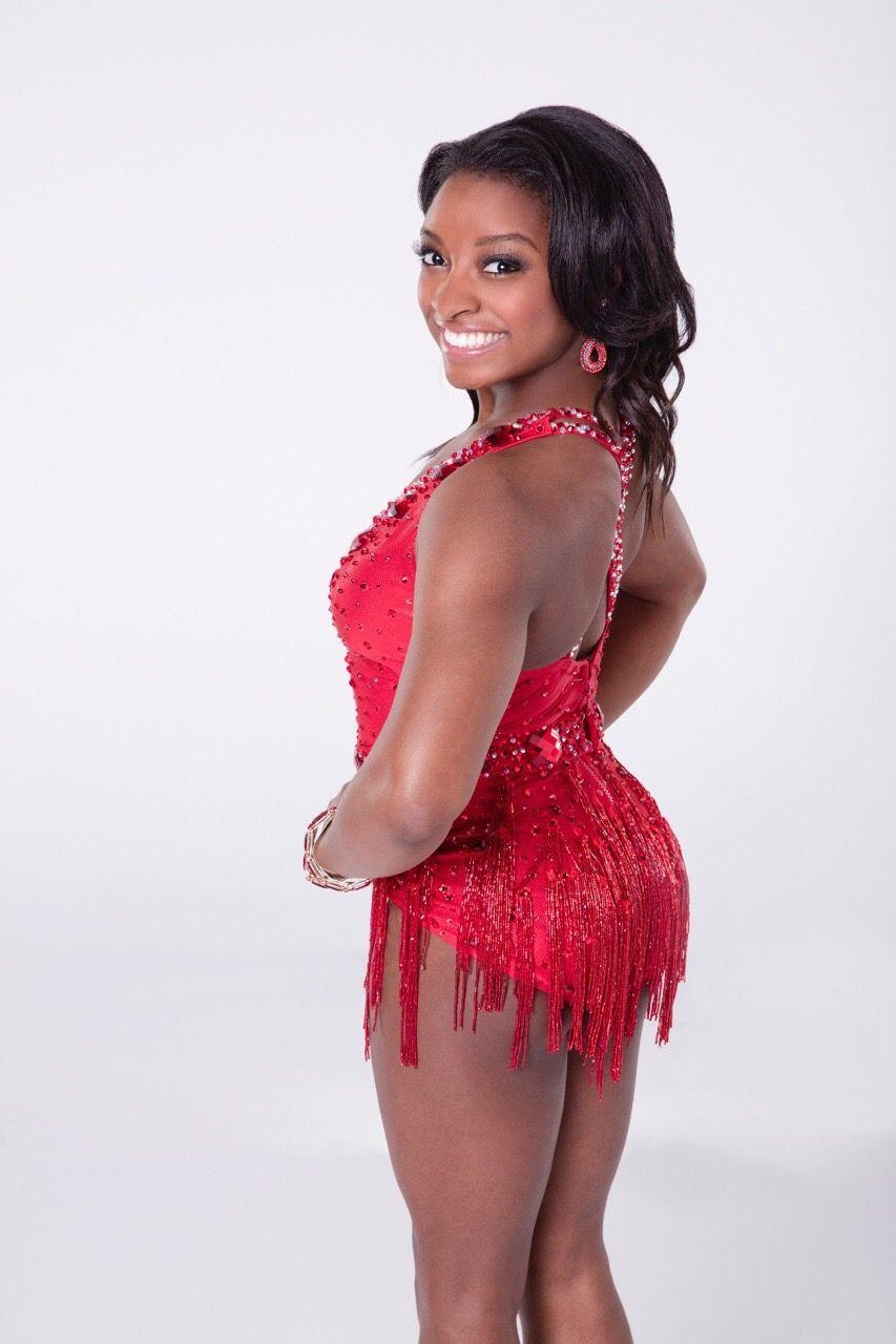Ebony sexy dance