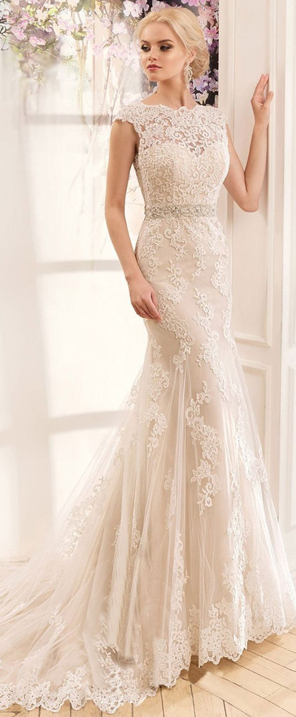 Lavish tulle u satin bateau neckline mermaid wedding dresses with