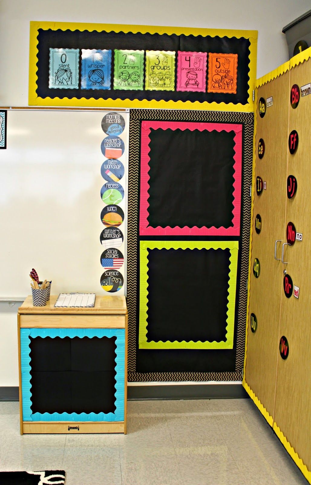 Black and neon love the circle schedule classroom for Black bulletin board ideas