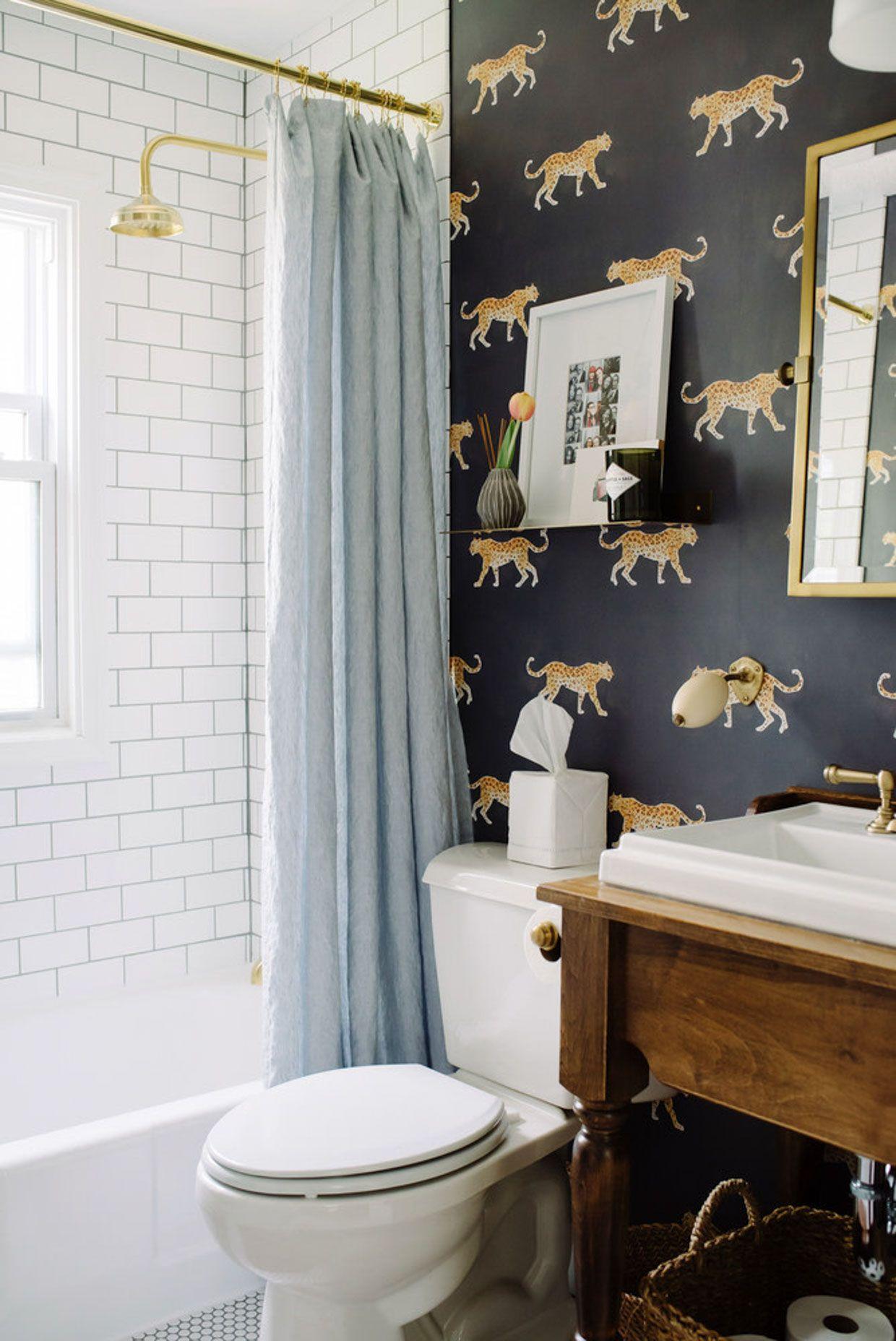 Small Bathroom Wallpaper Ideas Poor Little It Girl In 2020 Beautiful Tile Bathroom Bathroom Wallpaper Funky Bathroom Wallpaper