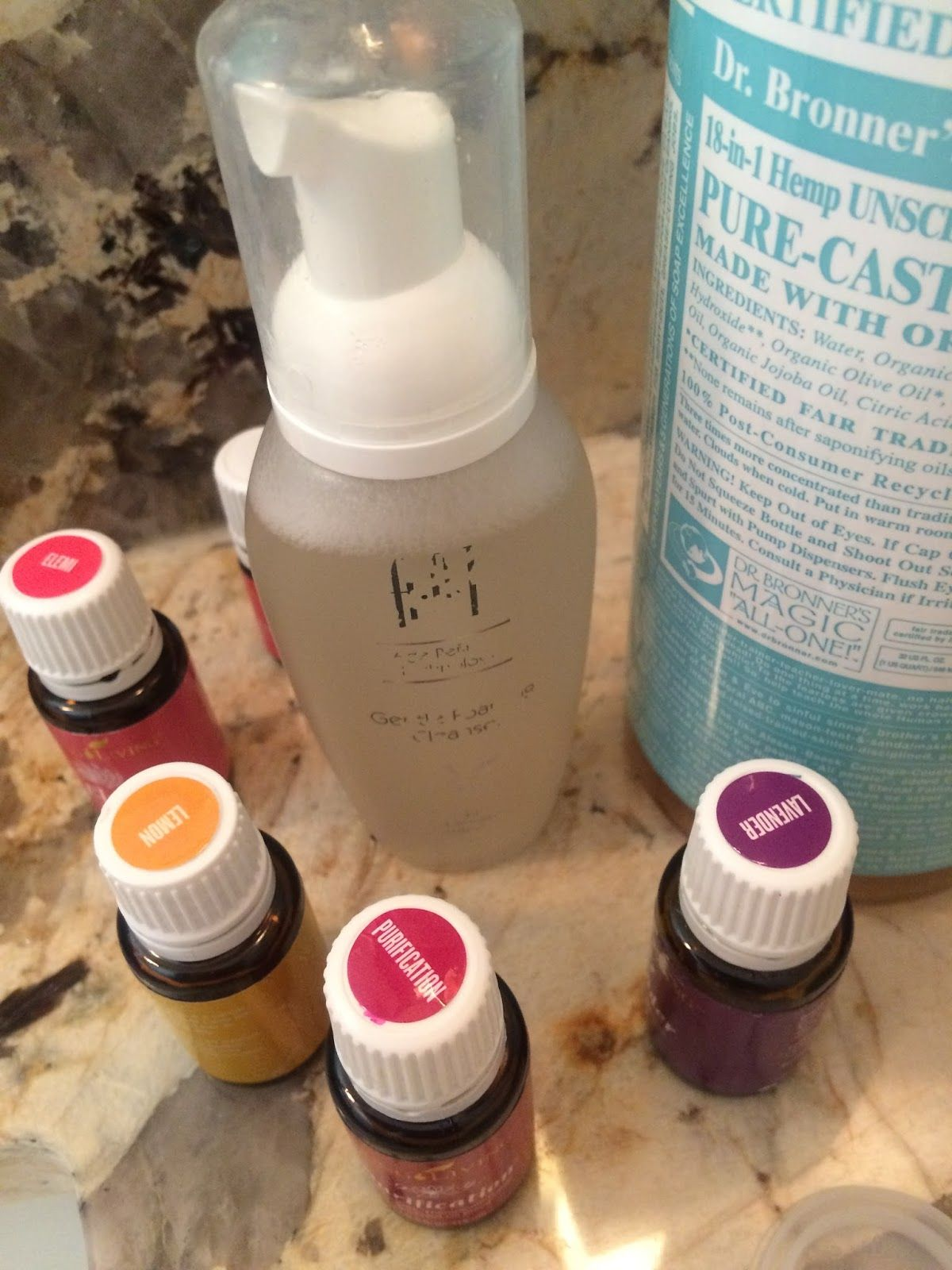 Beautifying Foaming Facial Cleanser Essential oils face