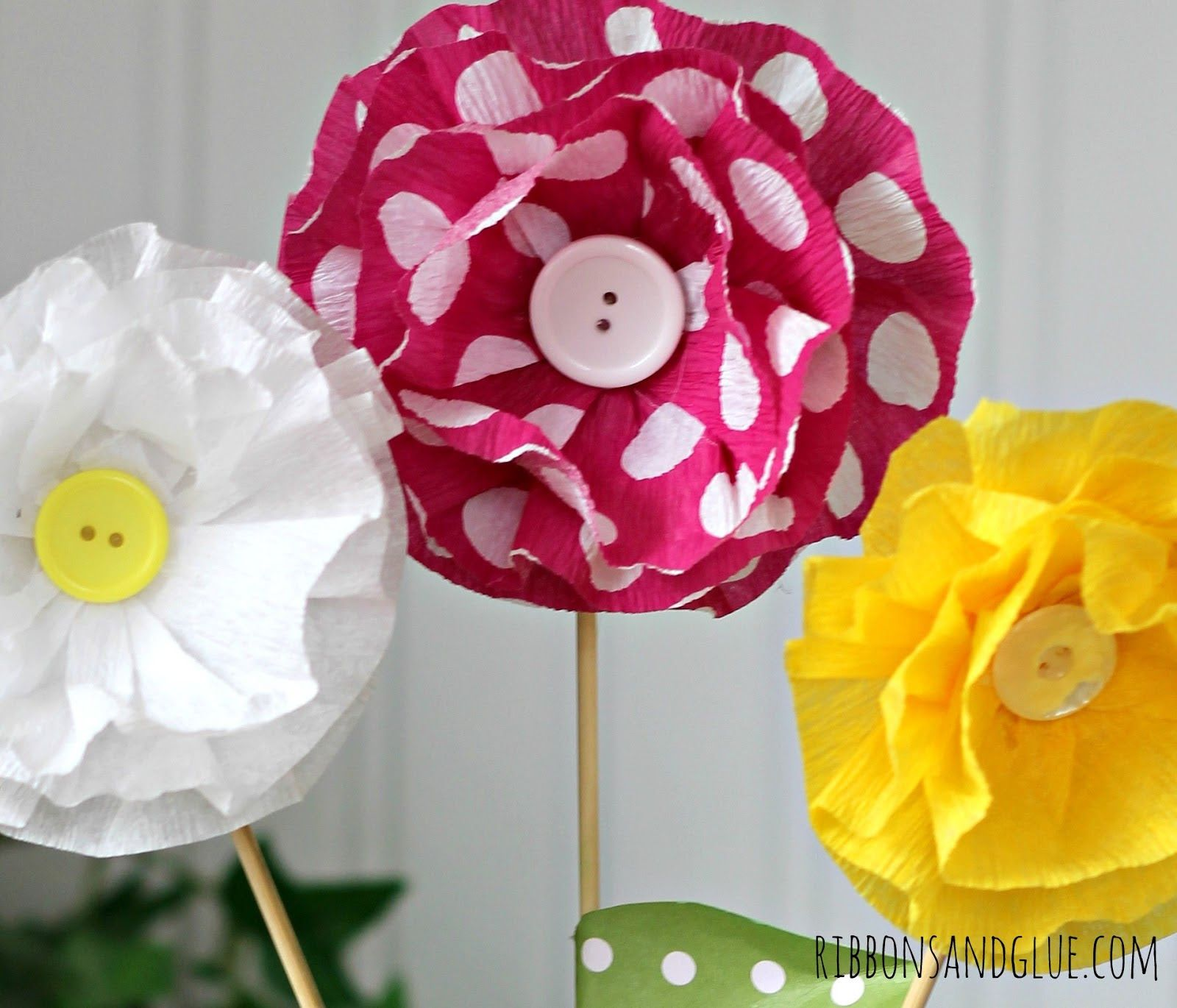 How to make crepe paper flowers paper flora pinterest crepe learn how to make crepe paper flowers with this step by step tutorial and supply list its easy when you have photos to show you how mightylinksfo